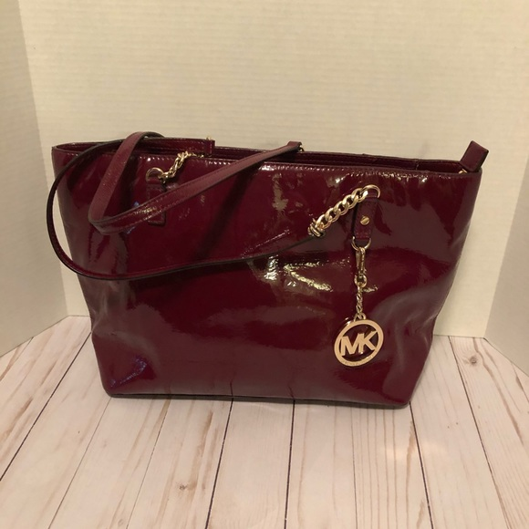 Michael Kors Handbags - Michael Kors Jet Set Patent Leather Burgundy Bag